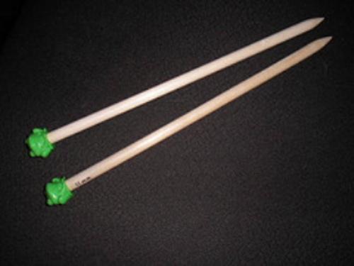 Froggy_needles_2